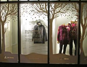 prAna storefront window display, printing tools for success from Artisan Colour